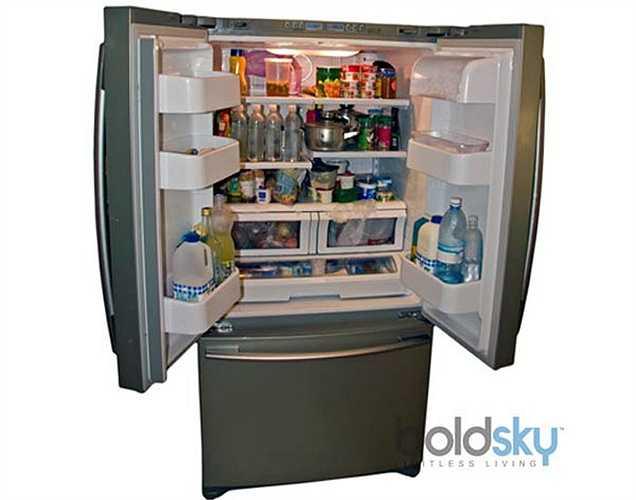 Thực phẩm nóng: Khi thực phẩm còn nóng, không nên cho vào tủ, hãy đợi khi nó nguội hẳn mới cho vào.