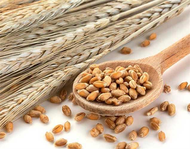 Các loại ngũ cốc: Ngũ cốc nguyên hạt thì tốt hơn so với ngũ cốc đã được làm trắng. Thực phẩm này tốt cho huyết áp thấp và cần được bổ sung vào chế độ ăn.