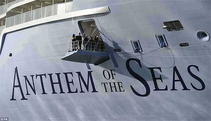 Con tàu thuộc sở hữu của hãng Royal Caribbean mang tên Anthem of the Seas (tạm dịch là Quốc ca của biển cả)
