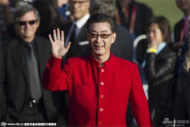 Nam diễn viên kỳ cựu Lục Tiểu Linh Đồng tham dự liên hoan cùng đoàn làm phim Dám hỏi đường ở nơi đâu?.