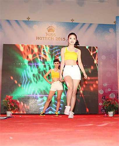 Nữ sinh ĐH Công nghệ khoe vẻ đẹp khỏe khoắn trong bộ trang phục thể thao ấn tượng