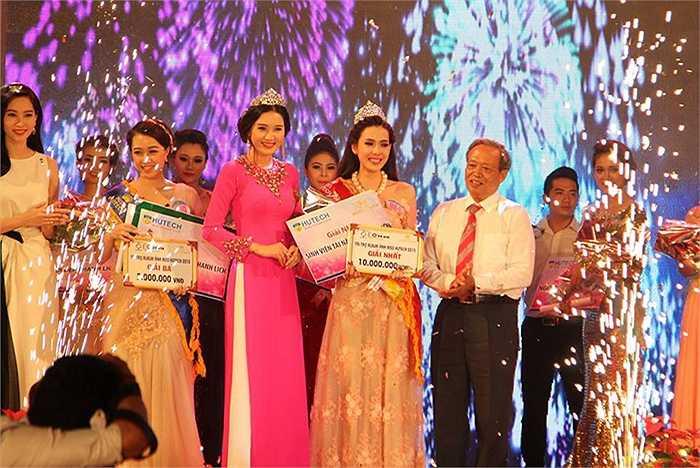 Giải nhất Miss HUTECH đã thuộc về thí sinh Nguyễn Quỳnh Ánh Tuyết - Số BD 0984