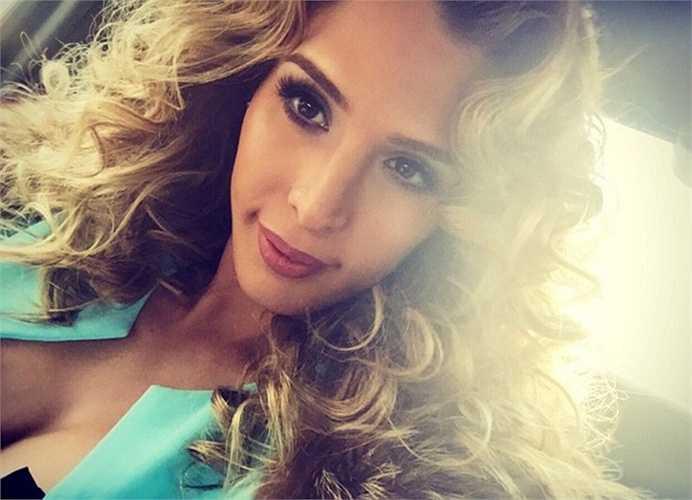 Carmen Carrera - Tài sản: 2 triệu USD. Cô là một diễn viên, đóng hài kịch và một người mẫu nổi tiếng. Cô có tới 90,000 followers trên Twitter, 160,000 followers trên Instagram, and 500,000 followers trên Facebook.