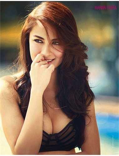 Vẻ đẹp gợi cảm của Marian Rivera là điều không phải bàn cãi. Từ năm 2006 đến năm 2014, Marian Rivera liên tục lọt top 100 người đẹp sexy Philippines được bầu chọn bởi FHM - tạp chí dành cho nam giới.