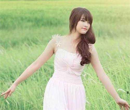 Lê Thị Việt Hà từng 12 năm đạt học sinh giỏi và luôn giành được tình cảm yêu mến từ bạn bè, thầy cô.