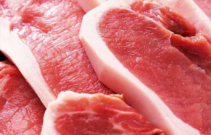 Thịt nạc: Thịt nạc chứa nhiều protein quan trọng đối với sự phát triển của ngực. Vì vậy, bữa ăn có nhiều thịt nạc cũng là biện pháp giúp bạn có bộ ngực lớn hơn.