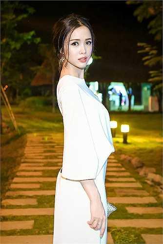 Top 5 Hoa hậu Việt Nam xinh đẹp và gợi cảm.