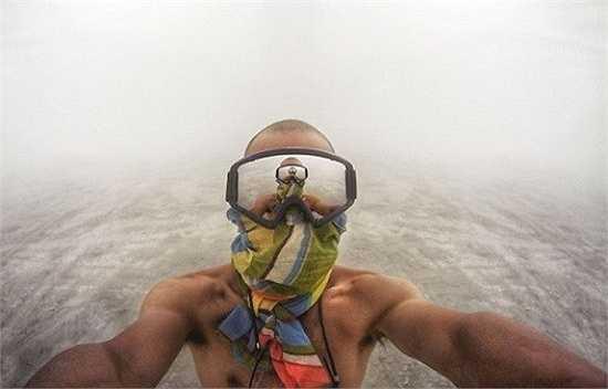 Mục đích của dự án ảnh selfie là khuyến khích mọi người sáng tạo hơn khi chụp hình
