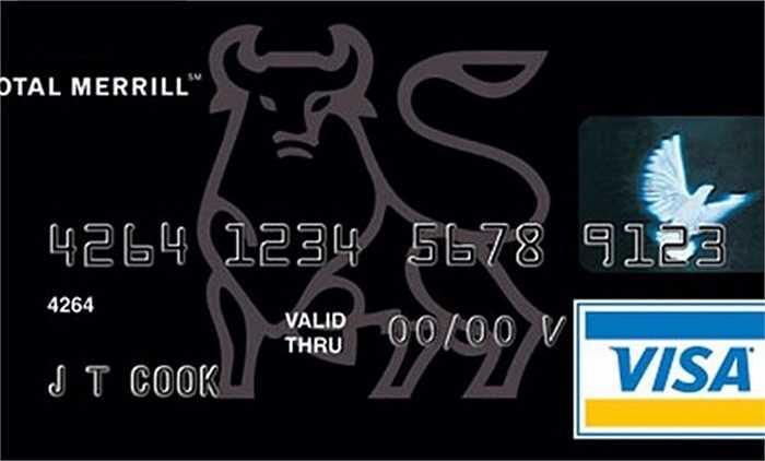 Nếu bạn có thể kiếm được hơn 200.000 USD trong 1 năm, bạn có thể tham gia câu lạc bộ độc quyền của Merrill Accolades. Nếu thẻ khác phải trả mức phí 500 USD hàng năm, thì thẻ Merrill Accolades thấp hơn đáng kể ở mức 300 USD. Tuy nhiên, 'sức mạnh' của loại thẻ này có thể giúp bạn mua được những chiếc vé trong các sự kiện thể thao nổi tiếng hoặc được ưu tiên bước vào nhà hàng mà không cần phải chờ đợi quá lâu.