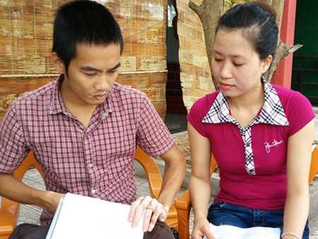 Chị Thảo nói về cách tuyển dụng bất hợp lí của huyện Bố Trạch .