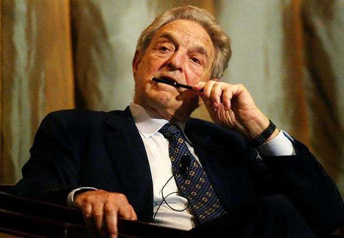 George Soros là tỷ phú người Hungary sở hữu số tài sản 20 tỷ USD. Xuất thân từ gia đình Do Thái và bắt đầu sự nghiệp bằng công việc khuân vác ở nhà ga xe lửa. Sau đó, ông đã gửi rất nhiều thư xin việc đến các ngân hàng thương mại London cho tới khi có được một vị trí trong đó.