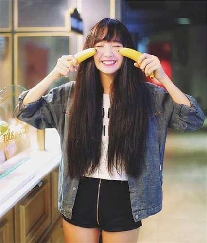 Thanh Huyền cho biết, cô bạn bắt đầu làm model từ năm lớp 9 và kinh doanh khi bước vào lớp 10.