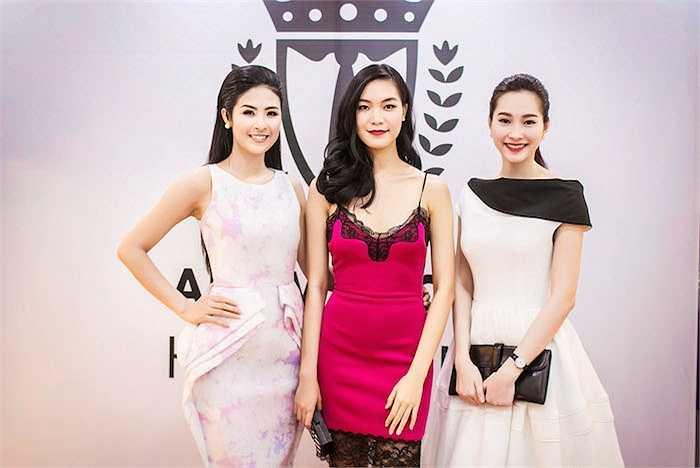 Hoa hậu Thuỳ Dung diện đầm ren xuyên thấu táo bạo.
