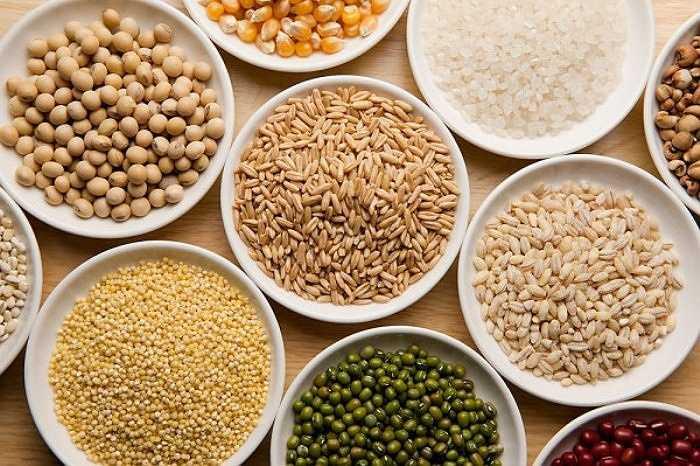 Nếu bạn tiêu thụ quá nhiều ngũ cốc trong thời gian dài, bạn cũng sẽ có nguy cơ bị suy giảm hệ miễn dịch. Đó là bởi vì nhóm thực phẩm này cũng góp phần làm tăng hàm lượng đường trong cơ thể và trong máu vì nó được chuyển hóa thành glucose.