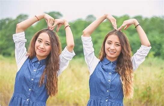 Cặp chị em sinh đôi đến từ Hải Phòng có tên là Nguyễn Thảo Vân và Nguyễn Thảo Vy (SN 1996). 2 cô gái đều là cựu học sinh trường THPT Hàng Hải, Hải Phòng.