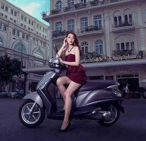 Nguyễn Quỳnh Ánh Tuyết hiện đang là sinh viên năm 2, khoa Ngoại ngữ, ĐH Công nghệ kỹ thụât TP Hồ Chí Minh.