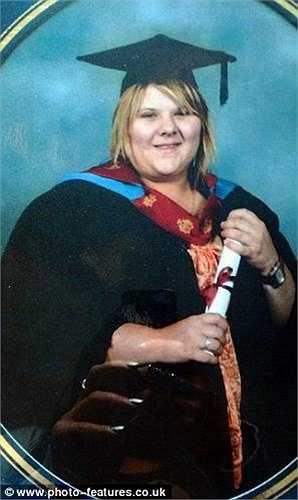 Shanna McCormick sống tại Manchester (Anh) từng là học sinh có vóc dáng to lớn nhất lớp khi còn học tiểu học. Đến những năm học trung học, cô gần như phát phì.