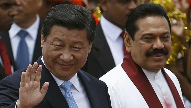Cựu Tổng thống Sri Lanka Mahinda Rajapakse trong buổi tiếp đón nhà lãnh đạo Trung Quốc Tập Cận Bình