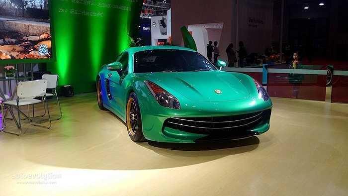 Theo công bố của Suzhou Eagle, xe có kích thước tổng thể dài x rộng x cao là 4300 x 1800 x 1300 (mm).
