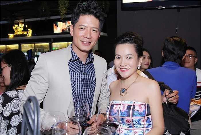 Mặc dù showbiz Việt luôn có những tin đồn về đời sống hôn nhân rạn nứt của các cặp đôi, nhưng khó ai có thể nghe được lời đồn đoán 'cơm không lành, canh không ngọt' của vợ chồng nhà Bình Minh - Anh Thơ.