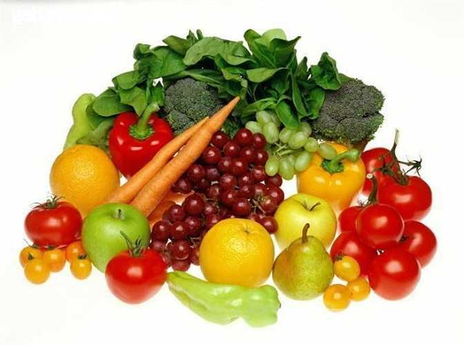 Ánh nắng mặt trời làm cho lượng thuốc trừ sâu trên rau củ bị phá vỡ, phân giải. Để rau dưới ánh nắng mặt trời 5 phút, lượng thuốc trừ sâu tàn lưu trên rau như thủy ngân hữu cơ, clo hữu cơ sẽ giảm được khoảng 60%.
