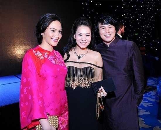 Lần xuất hiện hiếm hoi gần đây nhất của vợ chồng Thanh Bùi tại khách sạn của gia đình để ủng hộ cho sự kiện của vợ chồng Thu Minh