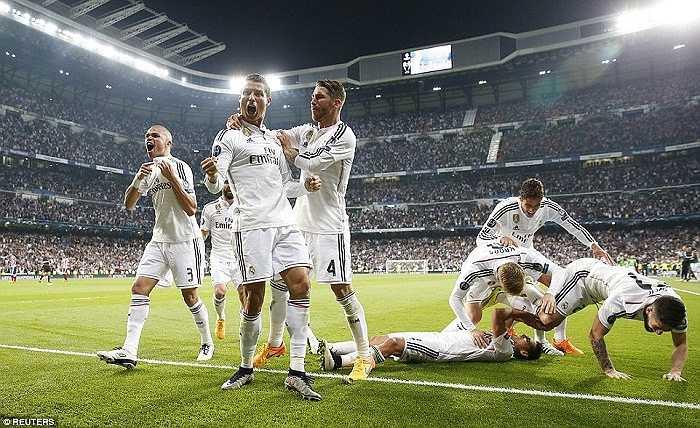 Ronaldo ăn mừng như thể đội nhà vô địch World Cup