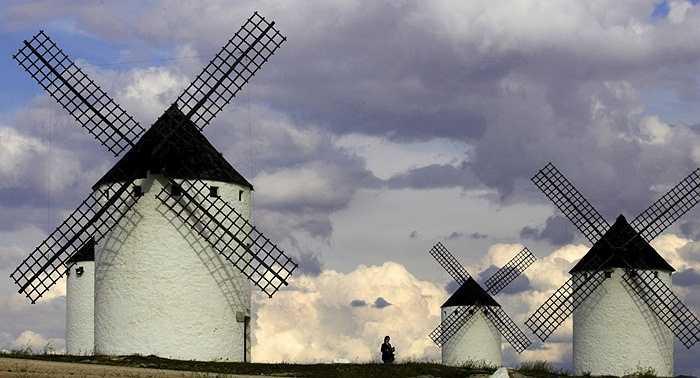 Những cối xay gió nổi tiếng của Tây Ban Nha