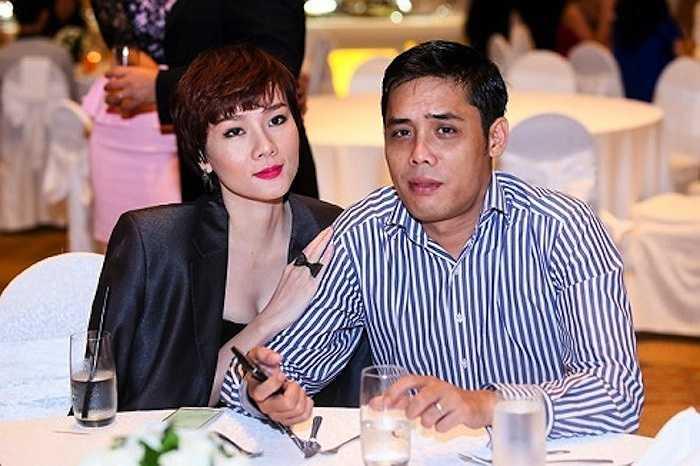 Thế nhưng trong ngày hôm qua, một số trang báo mạng lại đăng tải thông tin Dương Yến Ngọc đã ly hôn chồng sau khi cả hai cùng vượt qua nhiều sóng gió trong hôn nhân.