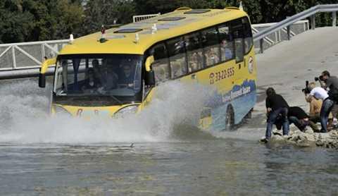 Hàn Quốc mở tuyến xe buýt chạy dưới nước đầu tiên