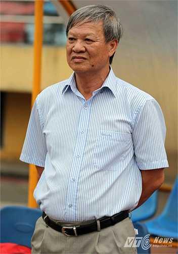 Kể từ năm 2004 tới năm 2015, HLV Lê Thụy Hải là người duy nhất 11 năm liên tiếp cầm quân tại đấu trường V – League. Trong đó có 6 lần dẫn dắt B.Bình Dương.