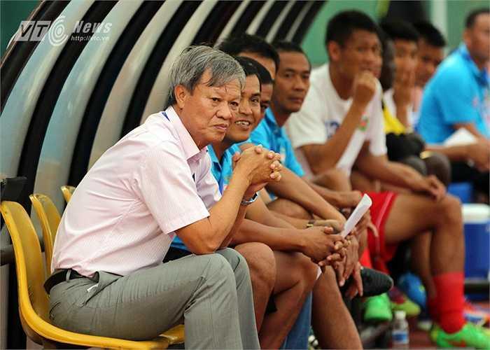 Và chỉ sau trận thua ngược 1-3 trên sân của CLB Shandong Luneng (Trung Quốc) tại AFC Champions League tối ngày 22/4 lãnh đạo mới chấp thuận lời đề nghị này.