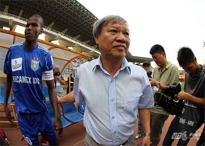 Trong các mùa giải từ 2006 đến 2008, HLV Lê Thụy Hải lần thứ 3 nhận lời làm HLV trưởng B.Bình Dương và dẫn dắt đội bóng này hai lần liên tiếp vô địch V-League.
