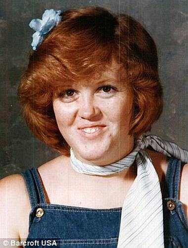 Hồi bé, Gayla rất tự tin về thân hình của mình, cô thường xuyên bị bạn bè trêu ghẹo nên Gayla đã tìm cách để giảm cân nhưng không thành công.