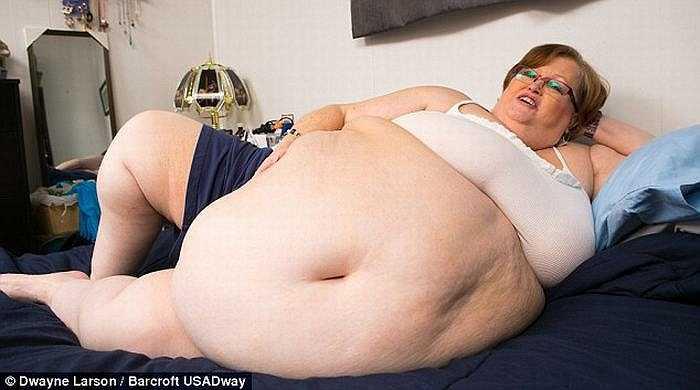 Sau khi tham gia Hội những người phụ nữ đẹp có vòng bụng khổng lồ (SSBBWs), Gayla nhận thấy mình thu hút được rất nhiều fan và cô bắt đầu tự tin khi nhận ra mình vẫn xinh đẹp, lôi cuốn, và sexy.