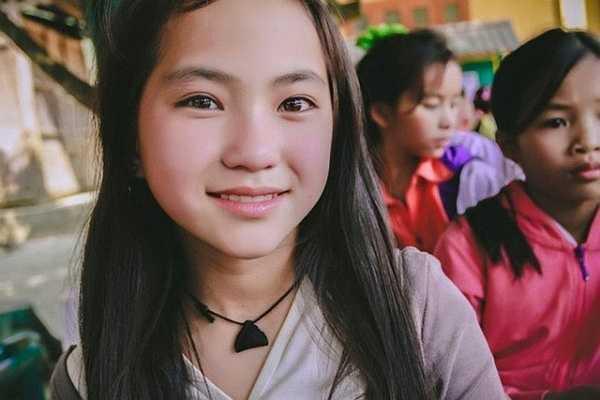 Được biết nhân vật chính tên là Chanh, hiện đang học lớp 7 tại Lũng Cải, Bắc Hà, Lào Cai.