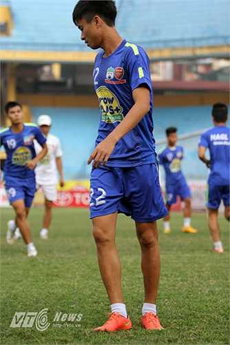 Thanh Hậu sinh năm 1996 và được bầu chọn là 1 trong 40 tài năng triển vọng của bóng đá thế giới.