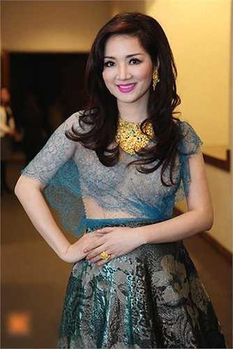 Cũng vì trang phục này mà Hoa hậu Đền Hùng Giáng My bị dư luận chê rất nhiều