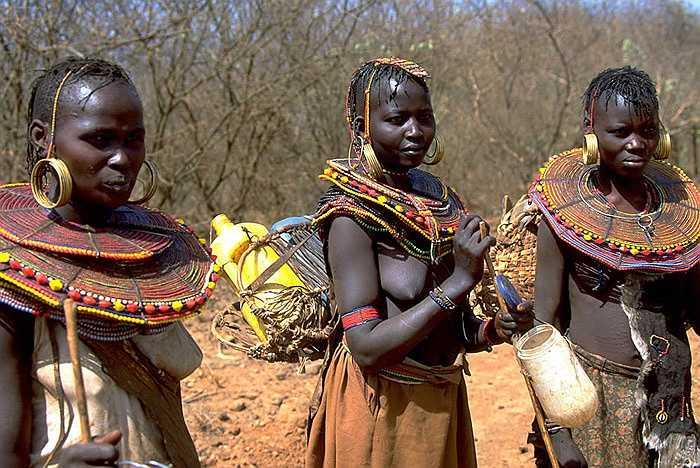 Hàng ngàn năm qua, bộ lạc này chỉ sống quẩn quanh ở khu vực rộng chừng 21.000km2 nằm trong khu bảo tồn Samburu.