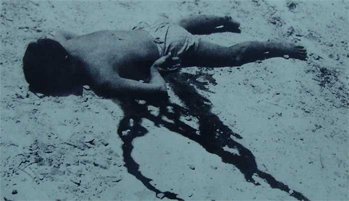 Một tù binh bị sát hại trong trại giam Phú Quốc.