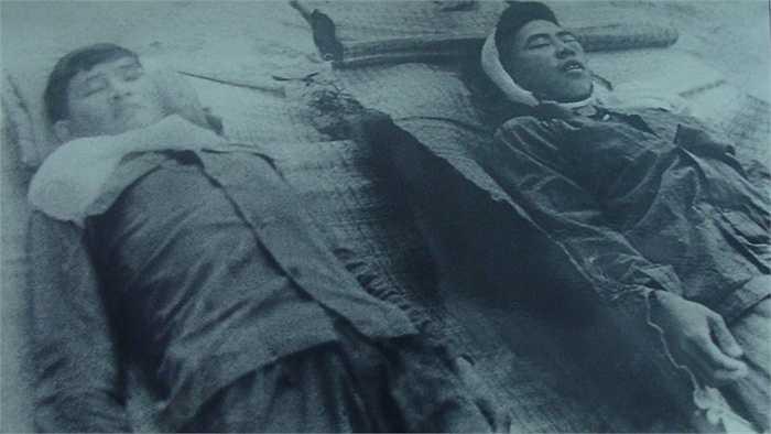 Đồng chí Lê Văn Đường và Lê Văn Kia chị bắn chết trong một trấn đàn áp tại phân khu B2 ngày 2/8/1971.