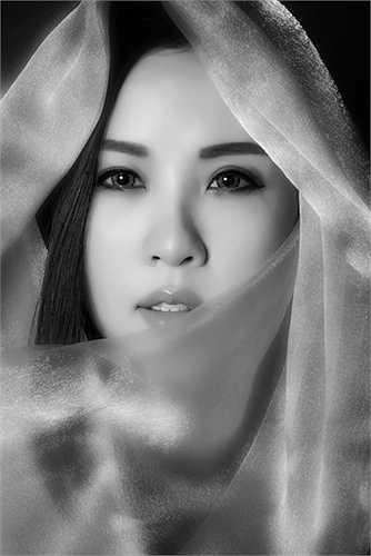 Thời gian biểu của cả ngày Hoa hậu Thu Hoài dành để làm việc. Được biết sắp tới, hoa hậu Thu Hoài sẽ mở trường thẩm mỹ quốc tế.