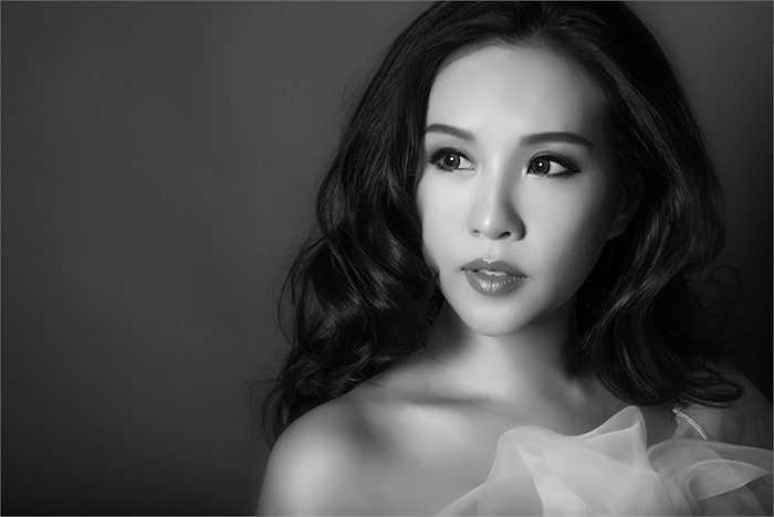 Cô phấn đấu sẽ xây dựng thành công mô hình trường đào tạo thẩm mỹ chính quy hàng đầu Việt Nam.