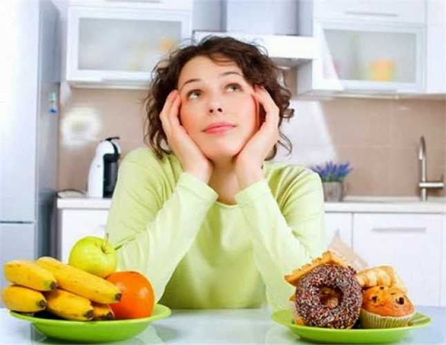 4. Ăn vặt những thức ăn có đường trước khi đi ngủ là một ý tưởng thực sự xấu. Đường có thể phá vỡ các chất hóa học trong cơ thể của bạn và làm bạn thức giấc vào ban đêm.