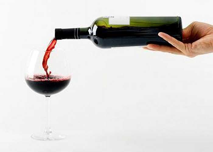 Uống rượu bổ, rượu thuốc hay rượu chát... cũng chỉ nên uống một thời gian, trong lúc bị bệnh, uống để trị liệu. Nếu uống thường xuyên có thể tạo thành thói quen nghiện rượu rất khó bỏ.