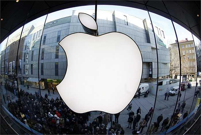 Thu nhập trên mỗi cổ phiếu của Apple đạt 2,15 USD, tăng 30% so với cùng kỳ năm trước. Với con số này, lợi nhuận ròng của Apple hiện ước đạt 12,5 tỷ USD.