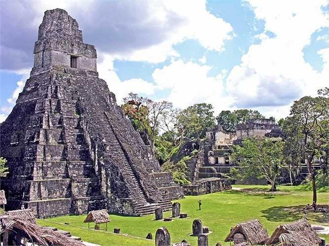 Lưu vực Mirador và Vườn quốc gia Tikal ở Guatemala là nơi có nhiều di tích bí ẩn của nền văn minh Maya. Tuy nhiên nạn cướp bóc và đốt rừng bất hợp pháp xảy ra triền miên có thể phá hủy mảnh đấtlịch sử này.