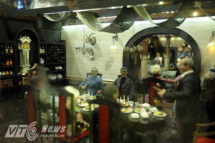 Phối cảnh mô tả lại cảnh sinh họat của các ông chủ thiết đãi khách quý tại quầy bar bên trong hầm rượu.