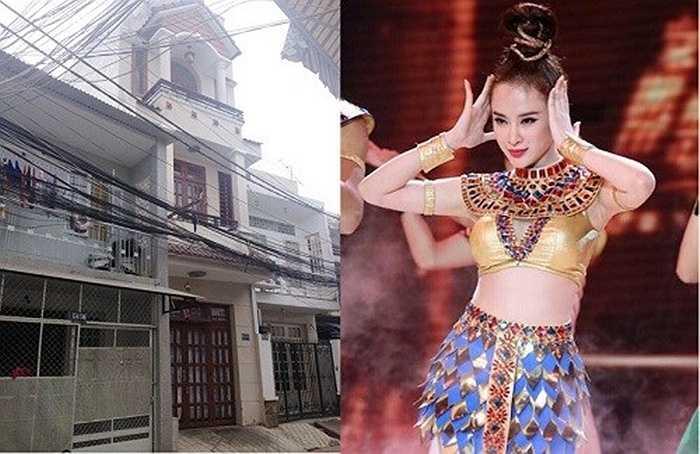 Angela Phương Trinh từng khoe nhà riêng là căn nhà ba tầng khang trang ở quận Gò Vấp, TP HCM.