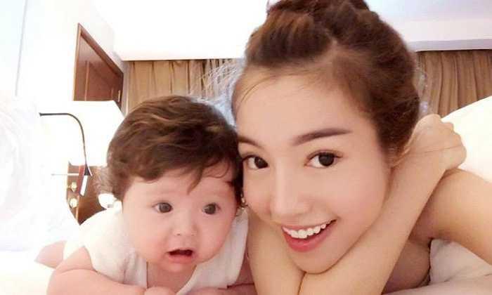 Elly Trần cũng là sao nữ đã bí mật sinh con.